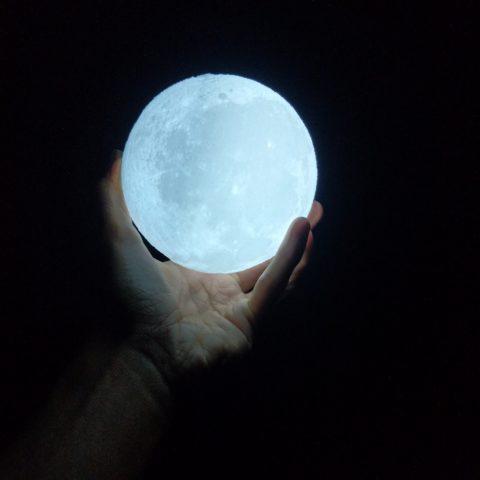 verità sulla luna